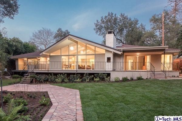Home Architecture 101: Mid-Century Mode