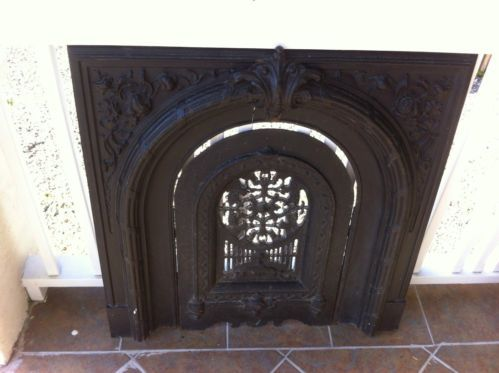 ANTIQUE FIREPLACE SURROUND WITH SUMMER COVER CAST IRON   Fireplace .