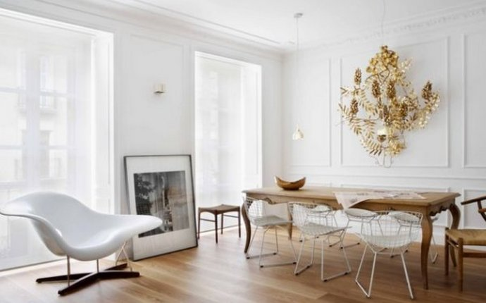 Antique Dining Table Modern Chairs | Antique furnitu