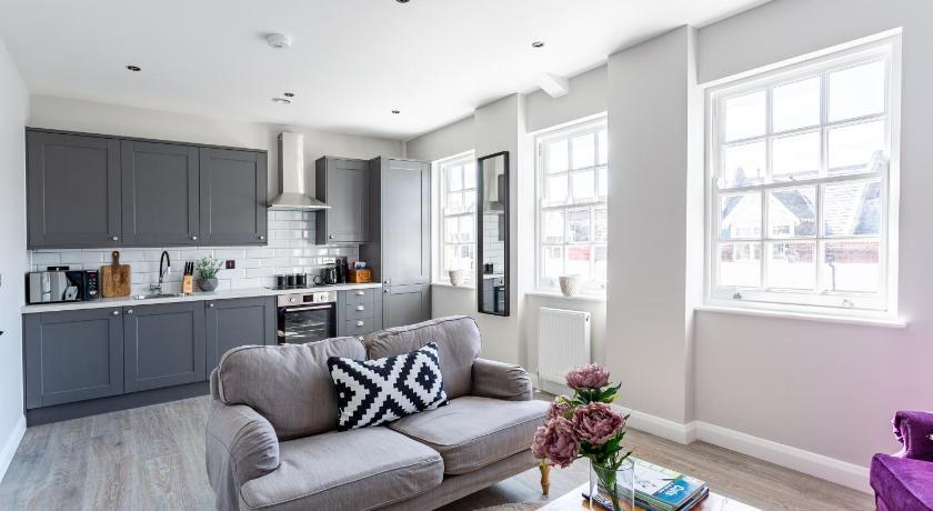 Shades of Grey - 2 Bed Apartment Entire apartment (Southend-on-Sea .