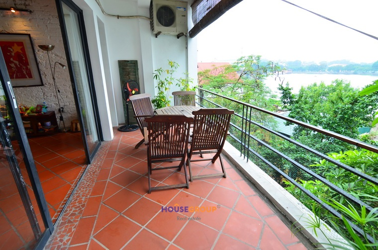 Stunning and large balcony apartment for rent in Truc Bach .