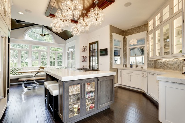 How to Decorate Around Arched Windows and Doo