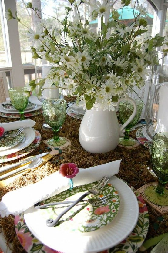 37 Awesome Midsummer Table Settings   DigsDigs   Outdoor dining .