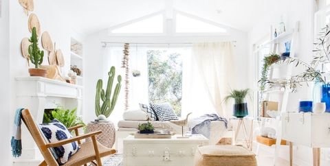 39 Best White Room Ideas for 2020 - Decorating with Whi