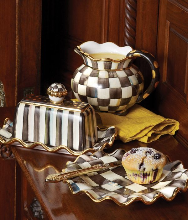 Irresistibly Courtly Check! The fluted pitcher (comes in Parchment .