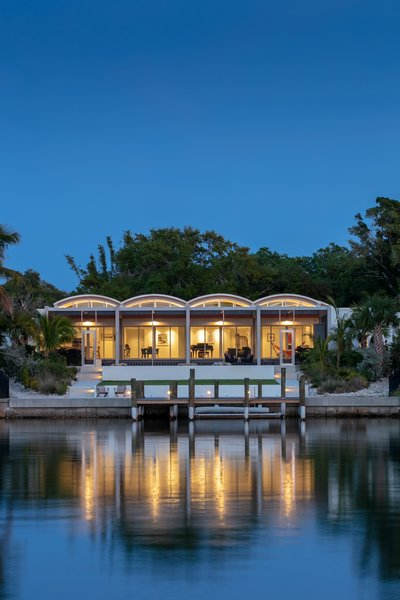 Photo 8 of 9 in This Sarasota Residence Draws on the Bold Style of .
