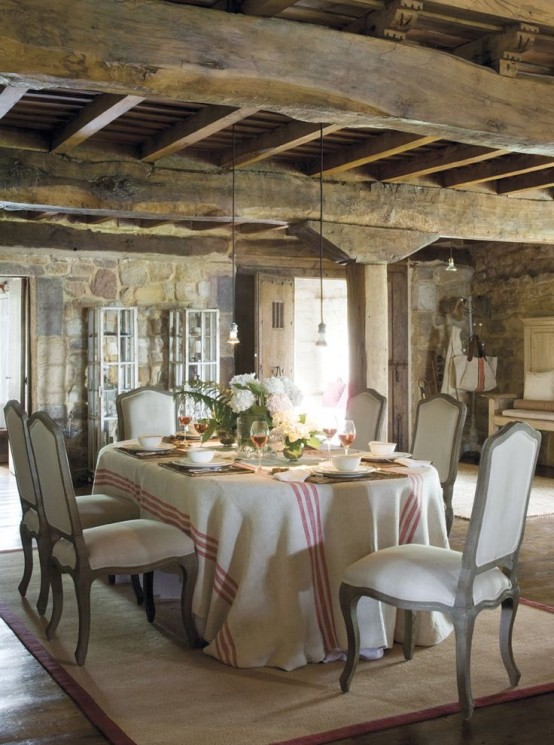 33 Charming And Beautiful Provence Dining Spaces - DigsDi