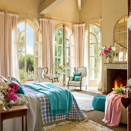 Charming Vintage Bedroom Design With Turqouise And Pink Accents .