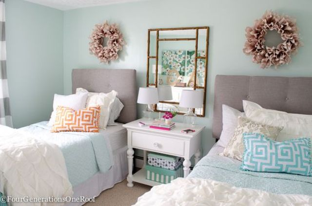 22 Chic And Inviting Shared Teen Girl Rooms Ideas - DigsDi