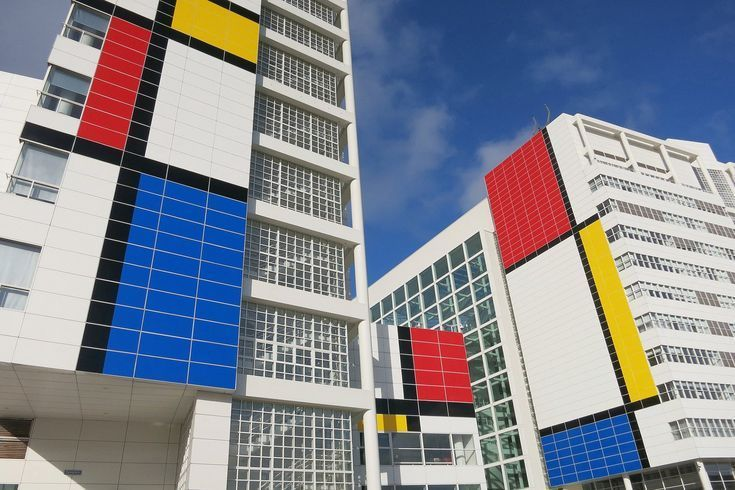 6 Colorful, Geometric Buildings Inspired by Piet Mondrian in 2020 .