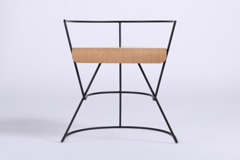 Comfy Patricius 1 Chair With A Refined Feel - DigsDi