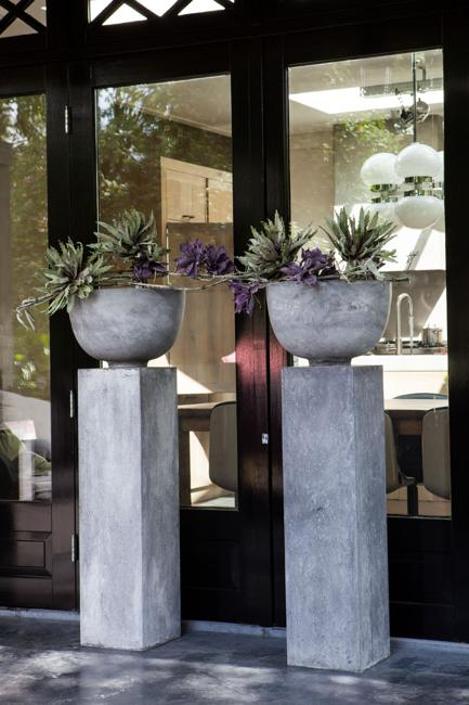 DIY Concrete Planters, Ideas for Outdoor Home Decorating with Flowe