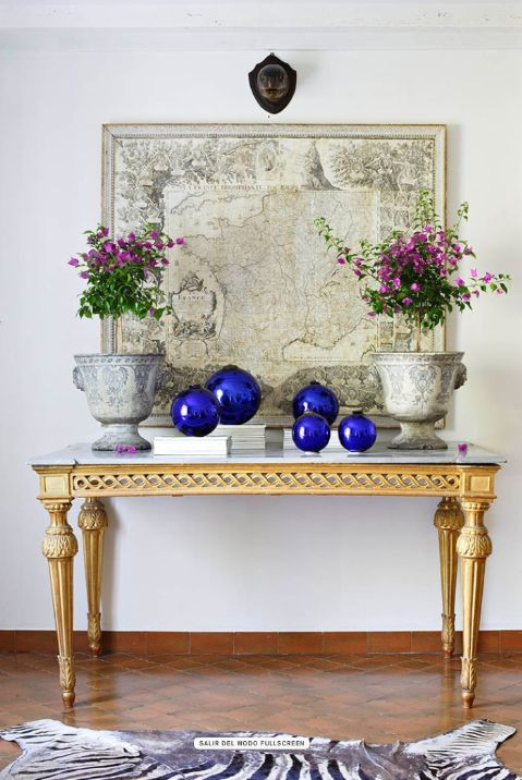 Gorgeous Console Tables for Summer Decorati