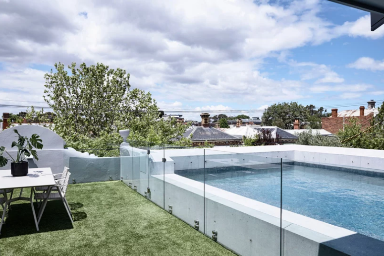 Contemporary Pool House With Curved Shapes - DigsDi