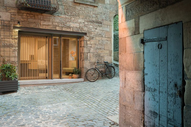 An 18th Century Blacksmiths Workshop Was Made Into A Contemporary .