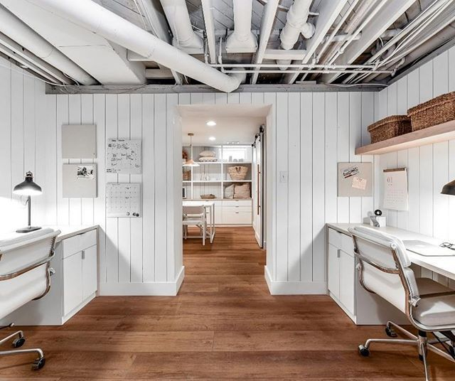 This contemporary rustic home-office design fuses both natural .