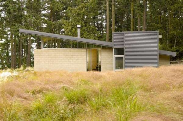 Contemporary Woodland Chalets   Lopez island, Contemporary cabin .
