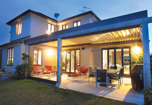 Cool Idea for Patio - Opening Roofs by Louvretec - DigsDi