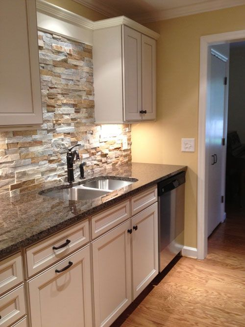 29 Cool Stone And Rock Kitchen Backsplashes That Wow (With images .