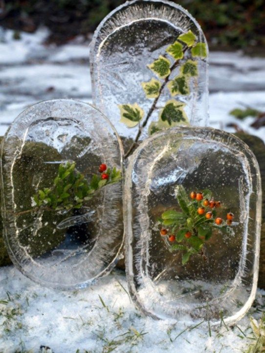 Creative outdoors christmas decorations ideas using ice 02 .