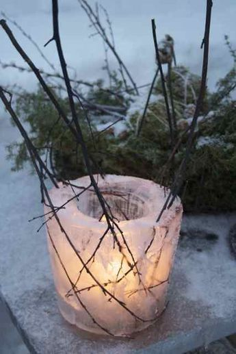 27 COZY ICE CHRISTMAS DECORATIONS FOR OUTDOORS | Ice candle .