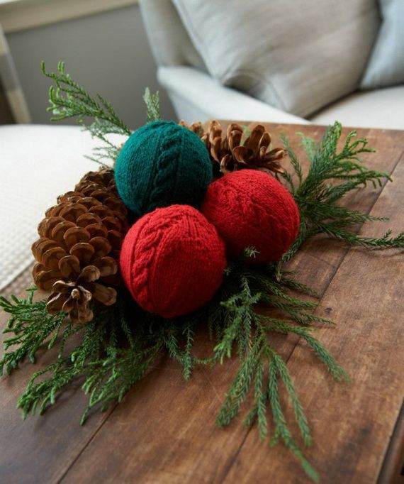 60 Cute And Cozy Knitted Christmas Decorations | Knitted christmas .