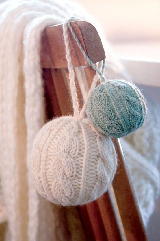 Cute And Cozy Knitted Christmas Decorations Ideas | Diy breien .