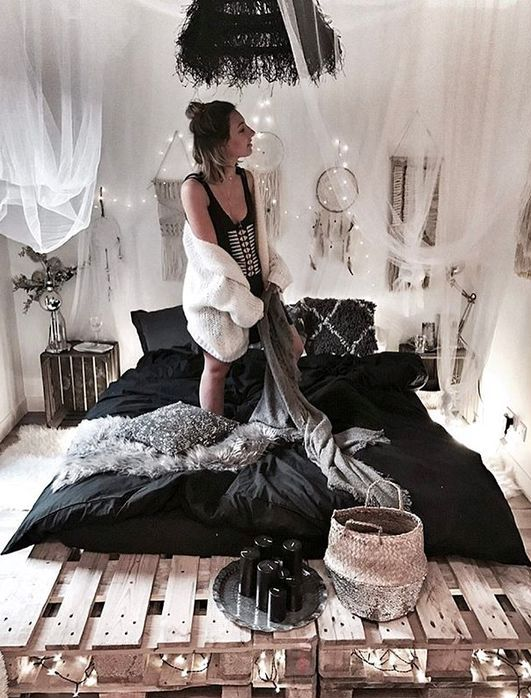 52 Cute And Practical Mosquito Net Decoration Ideas - DigsDi