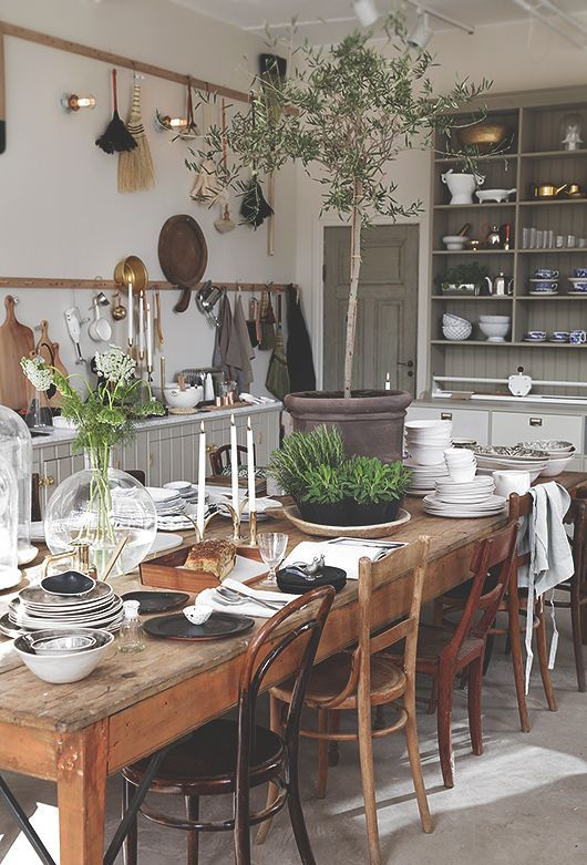 14 Country Dining Room Ideas   Decoholic in 2020   Country dining .