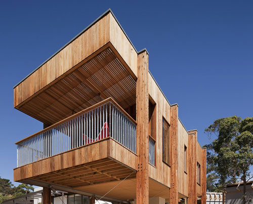 clare cousins adds elevated pavilion to mornington hou