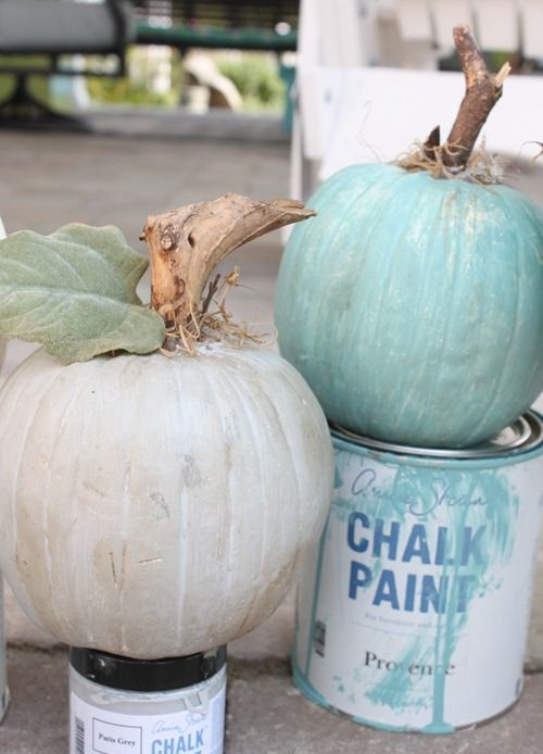 38 Fall Décor Ideas In Non-Traditional Colors   Pumpkin decorating .