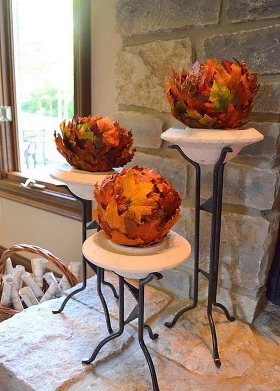 DIY -Welcome the Fall with Autumn Leaves in Home Décor .