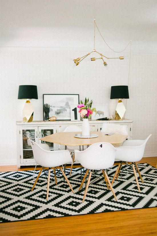 24 Fashionable Geometric Décor Ideas For Your Dining Space - DigsDi