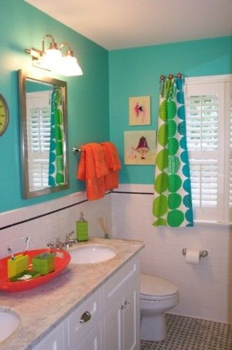 Great bright turquoise kids bathroom with orange accents | Kid .