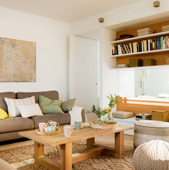 Spacious And Functional Modern Apartment In Neutral Tones - DigsDi