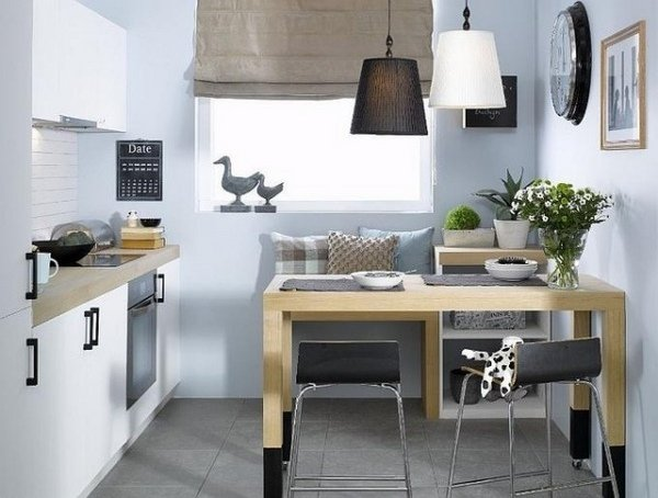 17 Adorable Dining Rooms With Small & Functional Dining Tabl