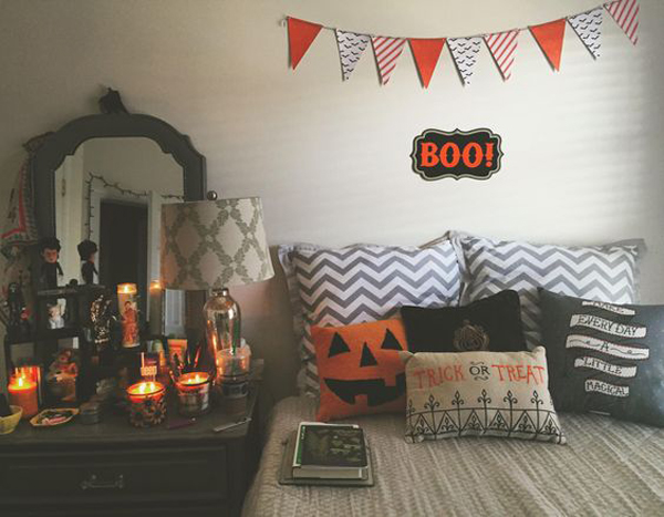 22 Cool Halloween Bedroom Decor Ideas For Make Your Day