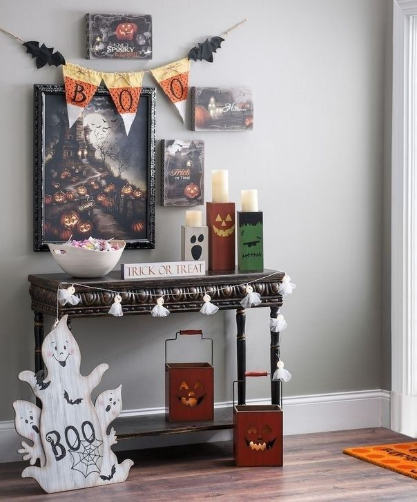 19 Flamboyant Console Table Ideas For Hallowe