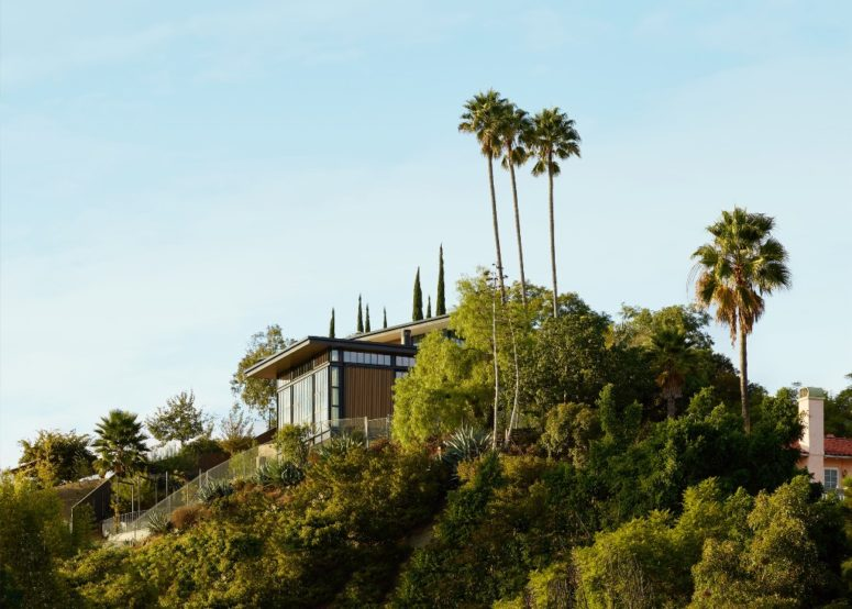 LA Home Inspired By Medieval Castles And Industrial Buildings .
