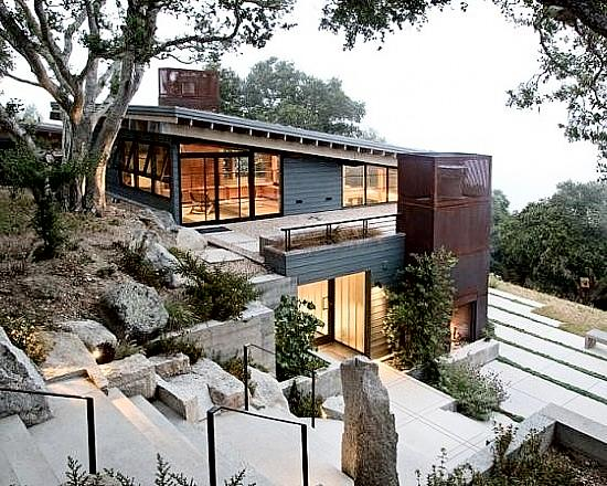 Tips for building on a sloped terrain | First In Architectu