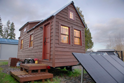 On roofs and beds: a fashion parade of tiny house styles | Naj Ha