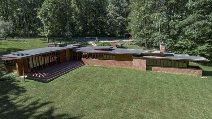 Frank Lloyd Wright's Christie House Up for Sale in New Jersey for .