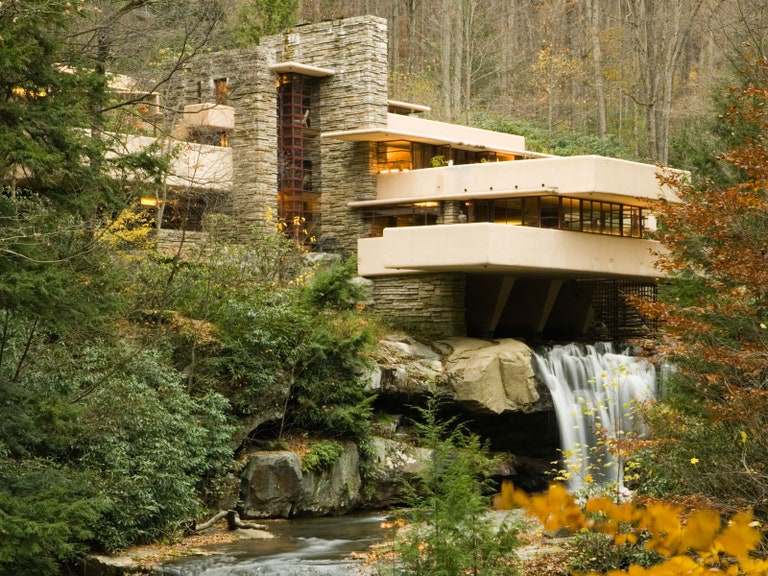 Frank Lloyd Wright's Beautiful Houses, Structures & Buildings .