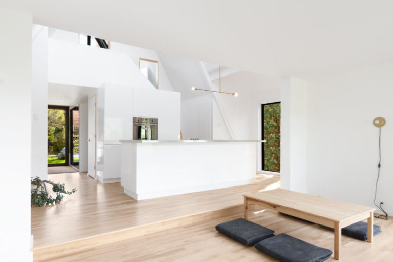 A-Frame House With Minimal Decor And An Airy Feel - DigsDi