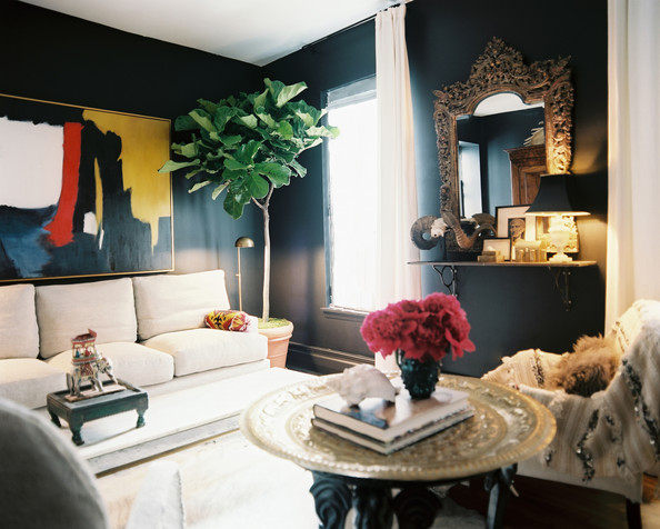 How to Decorate with Dark Walls - Lon