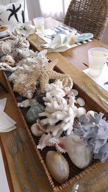 How To Decorate With Sea Stars: 34 Examples | Beach cottage decor .