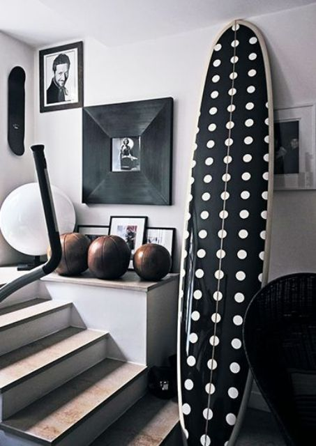 How To Incorporate Surfs Into Home Décor: 21 Fun Ideas - DigsDigs .
