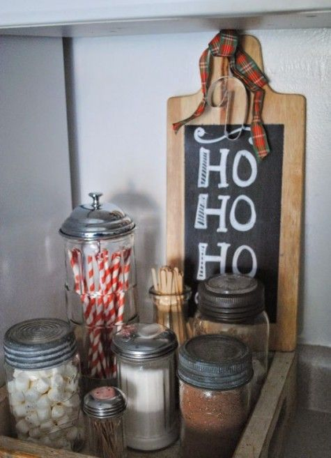 28 Ideas To Spruce Up Your Kitchen For Winter Holidays   Christmas .
