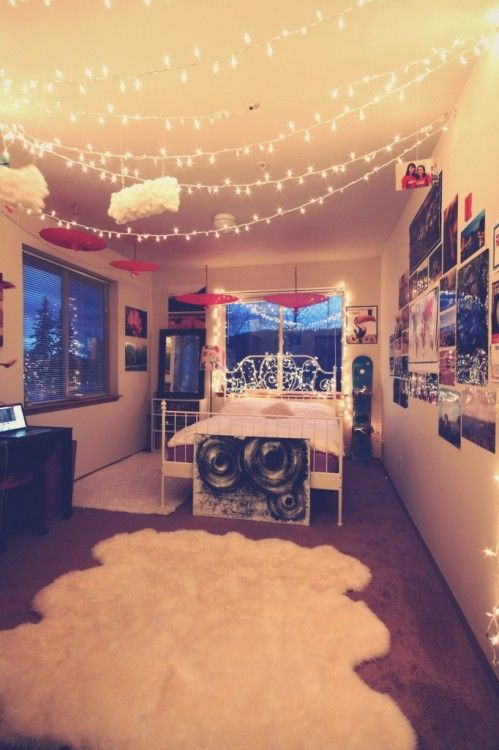45 Ideas To Hang Christmas Lights In A Bedroom - Shelterne