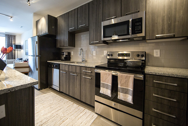 Why Quartz Continues to be the Latest Kitchen Countertop Trend - NE